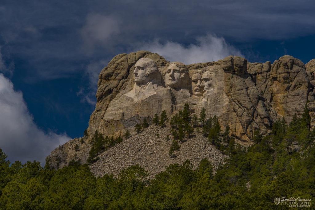 Bold View - Mt Rushmore